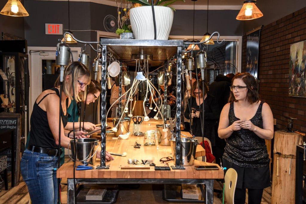 Jewelry workshop - team building event.