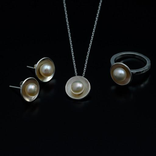 jewellery-classes-classic-pearl-set